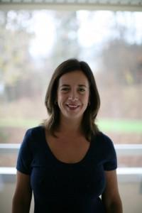 La terapia psicológica en línea es brindada por la Lic. Clara Schoham